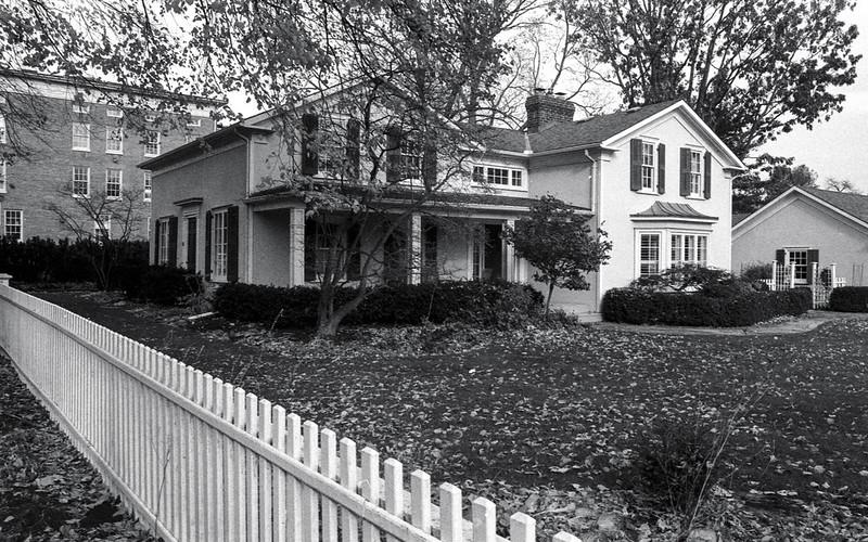 Oakville Heritage House on Navy