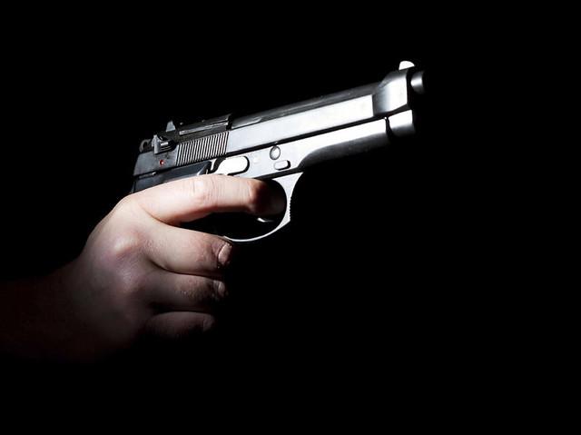 Decreto torna a sociedade mais vulnerável à violência, com o aumento da circulação de armas - Créditos: Divulgação
