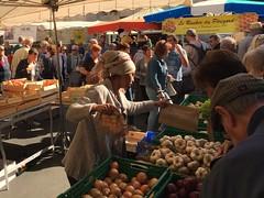 Issigeac market