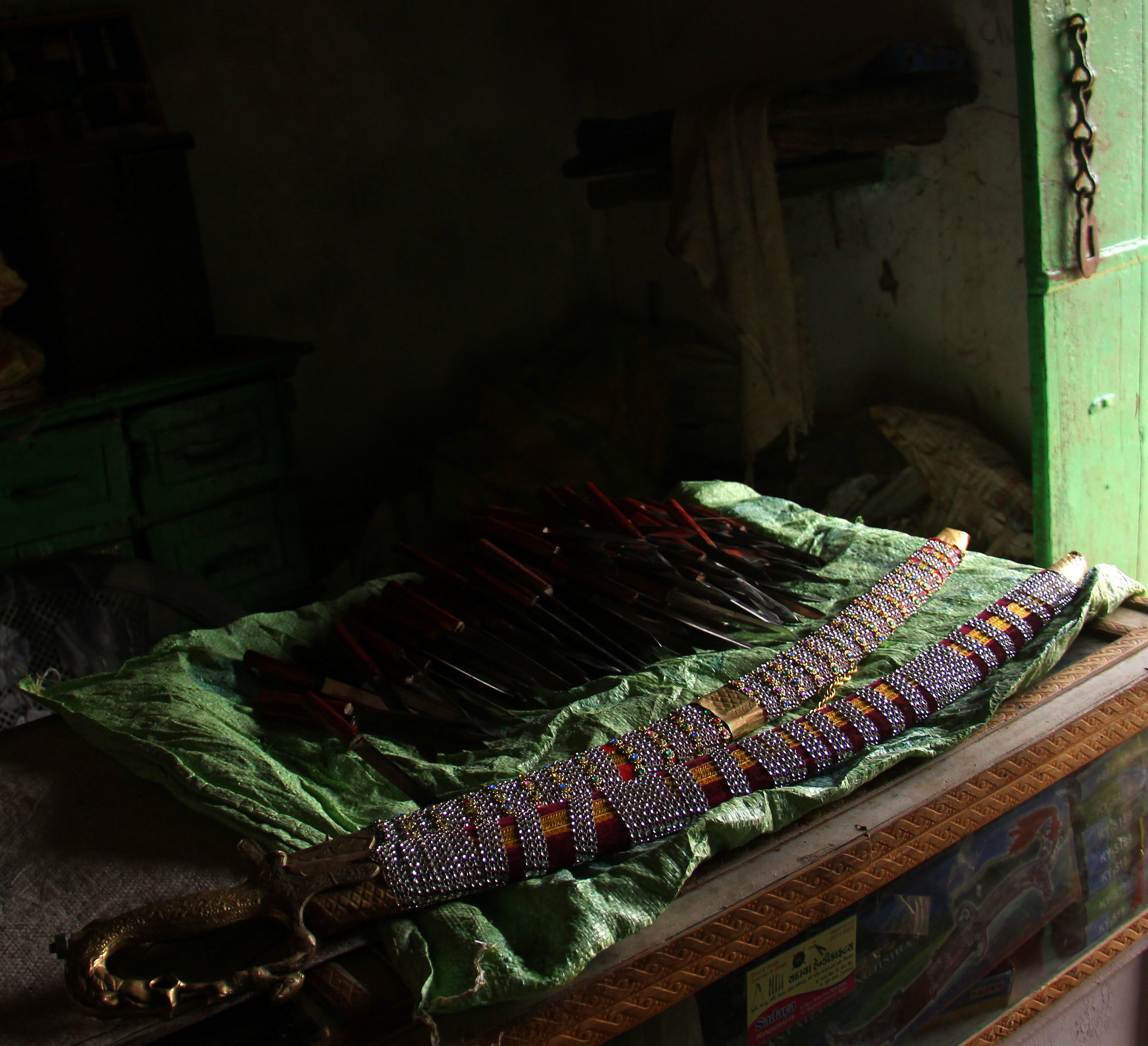 Knife making is one of the most elusive Kutch handicrafts