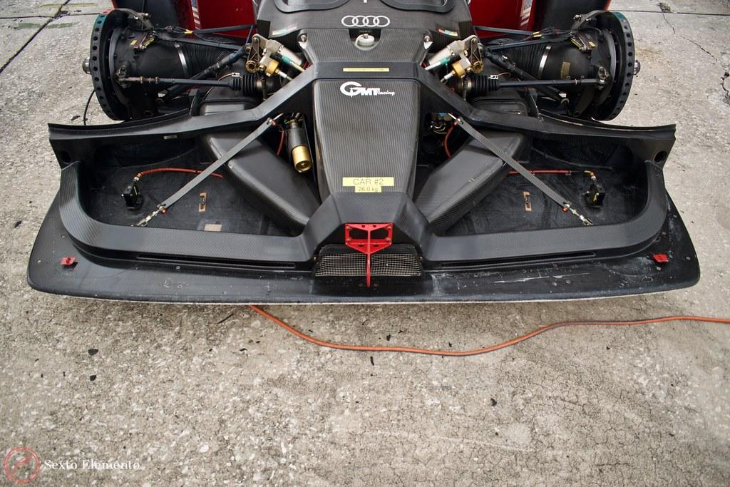 carbon-fiber-audi-front-end