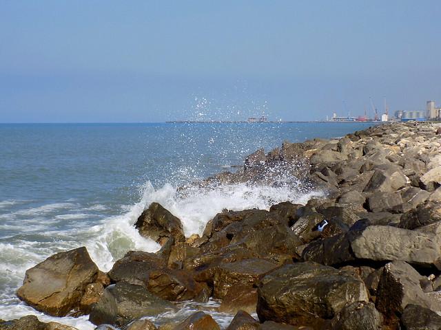 Black Sea (Poti, Georgia), Nikon COOLPIX L330