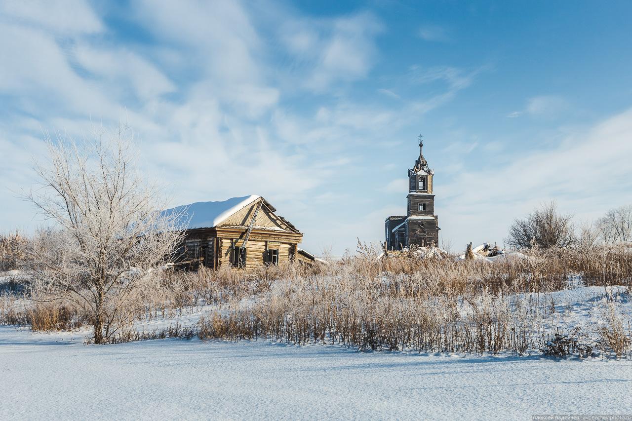 Деревянная церковь в Павловке (Самарская область, Сергиевский район)