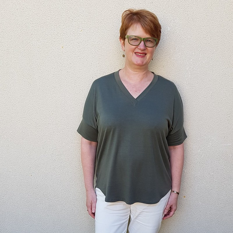 Tabor V Neck in rayon jersey