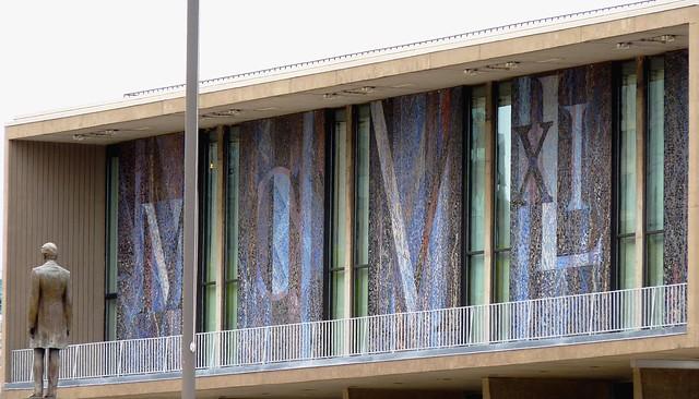 Artistic Wall of Milwaukee Art Museum, Wisconsin