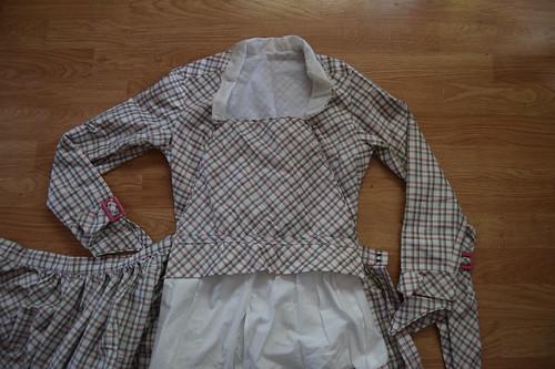 Plaid Dress Fastenings 4