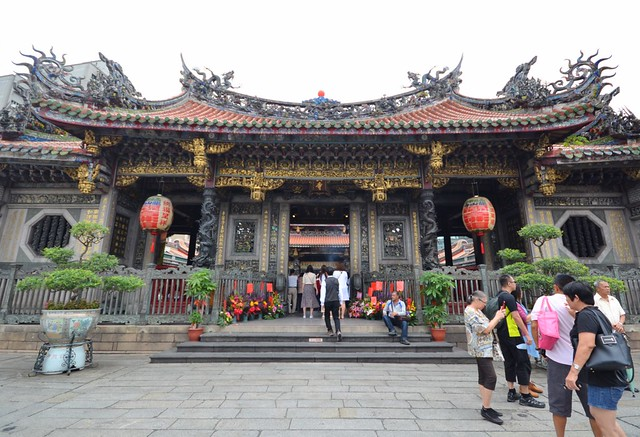 taipei unlimited fun pass longshan temple