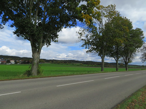 20171006 09 422 ostbay Wolken Weg Straße Bäume Feld Wald