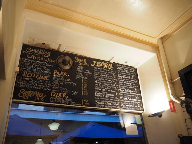 P9089688 デグレーブス・エスプレッソ・バー (Degraves Espresso Bar) メルボルン オーストラリア カフェ