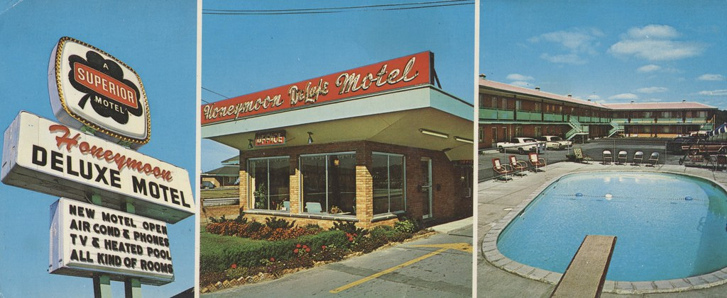 Honeymoon De Luxe Motel - Niagara Falls, New York