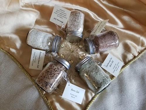20181217.flavoured.salts.gift.jars