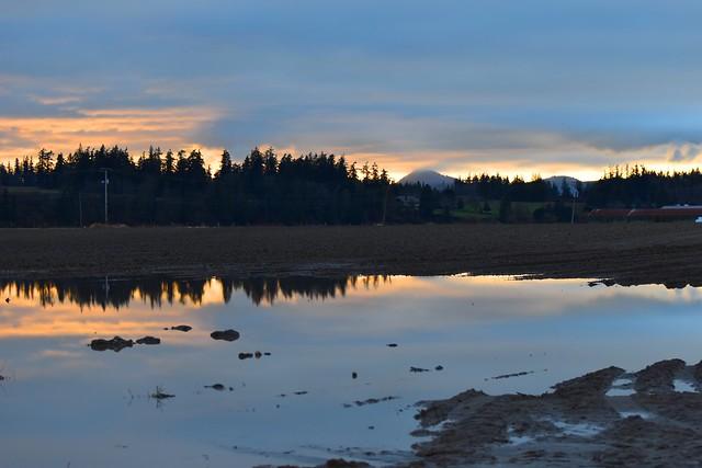 Skagit Sunset 1-23-19, Nikon D3500, AF-S VR Zoom-Nikkor 70-300mm f/4.5-5.6G IF-ED