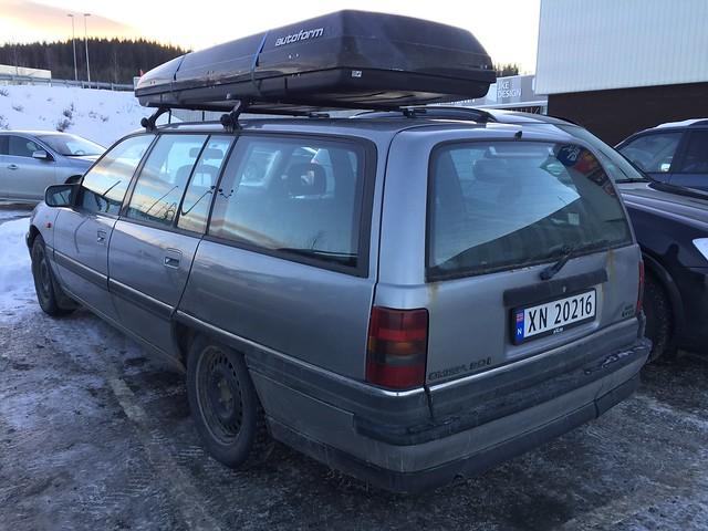 1993 Opel Omega 2.0I