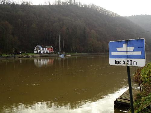 Bac sur la Meuse
