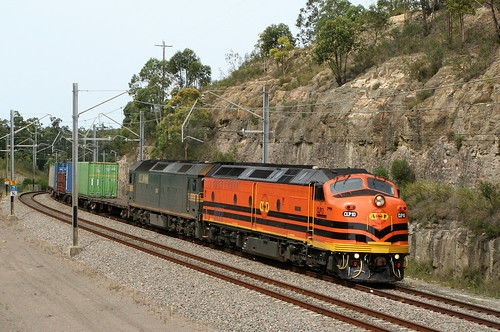 CLP10 & G516 QRN 4152 CONTAINER TRANSFER BROADMEADOW TO YENNORA 20th Dec 2006.