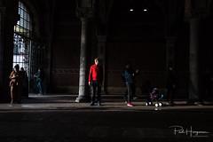 Man in red @ Rijksmuseum