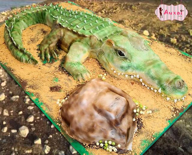 Juancho the Lizard by Audrey Rodríguez of Auxai Tartas