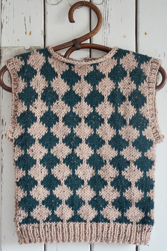 checkered spencer - knitting pattern