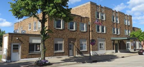 Storefront Building (Tomahawk, Wisconsin)