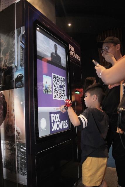 FOX Movies NOI Vending Machine Activation (2)