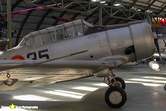 C.6-155-421-35---121-41833---Spanish-Air-Force---North-American-SNJ-5-Texan---Madrid---181007---Steven-Gray---IMG_1920-watermarked