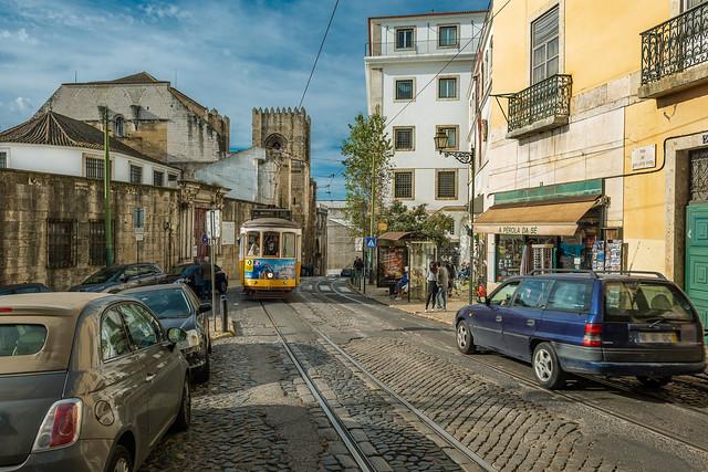 Rua Augusto Rosa, Lisbon, Nikon D810, AF-S Nikkor 24mm f/1.4G ED