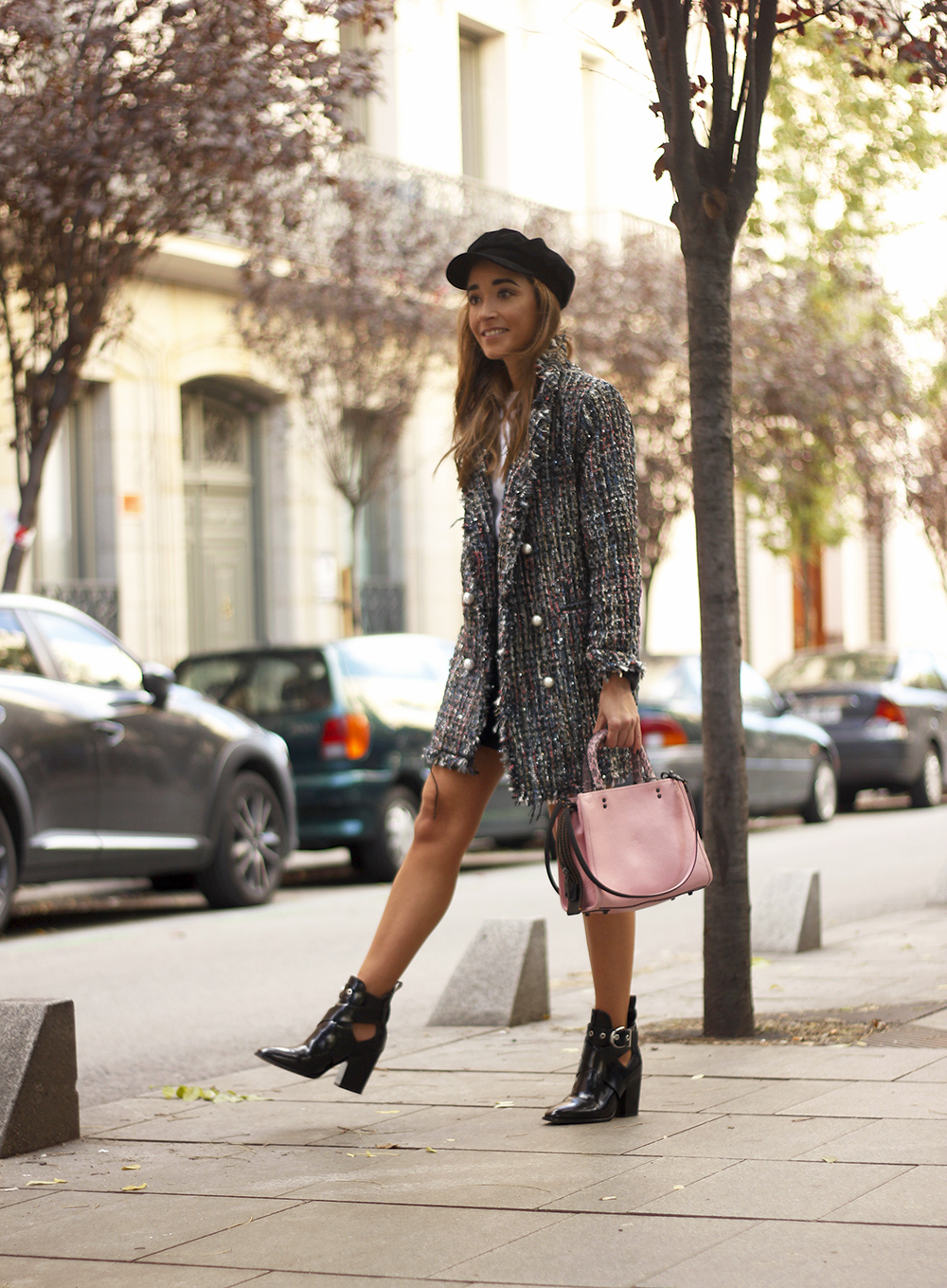 tweed coat black boots pick coach bag street style fall outfit 20185019