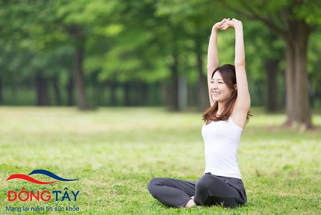 Tập luyện và cười nhiều hơn mỗi ngày sẽ giúp làm giảm run tay