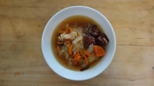 良金牧場金門高粱半筋半肉牛肉湯