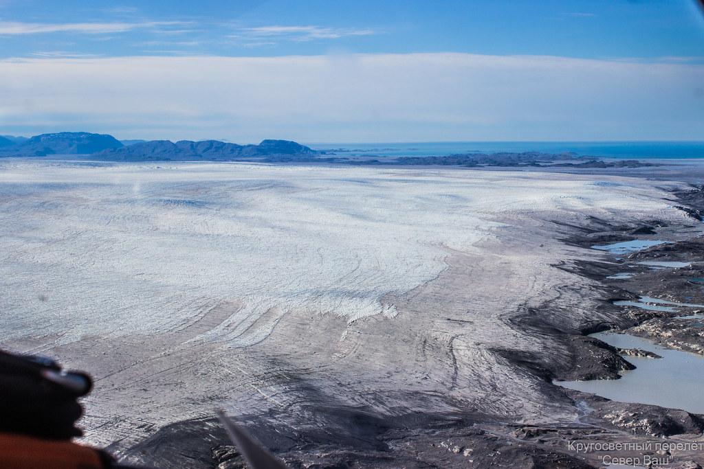 край ледника сползающего в океан
