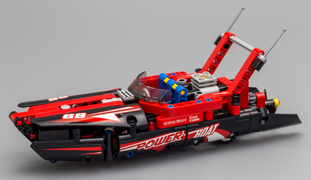 42089 - Power Boat