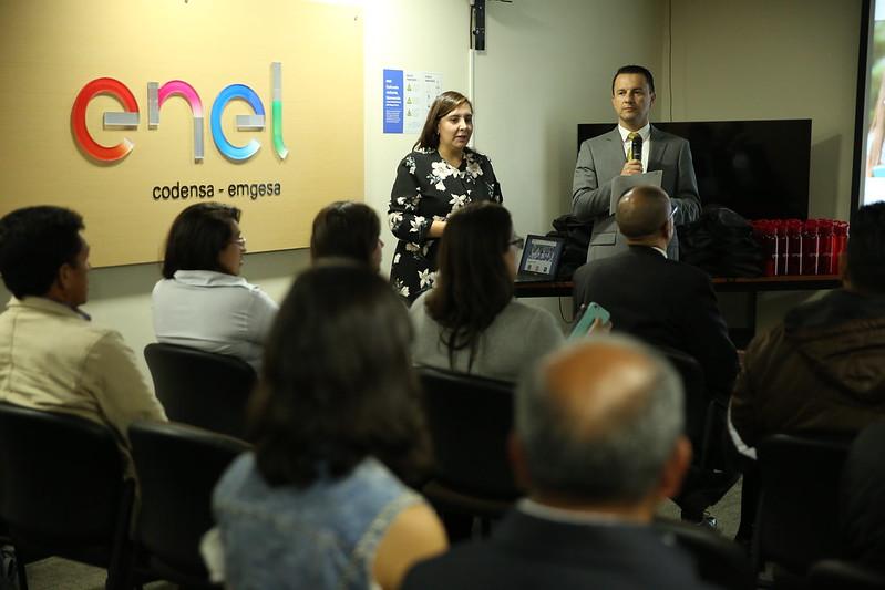 21 jóvenes becados por UNIMINUTO y la Fundación ENEL Colombia