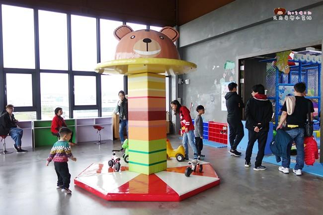 奇麗灣珍奶文化館 宜蘭親子景點 觀光工廠 燈泡珍珠奶茶 DIY 綠建築 (15)