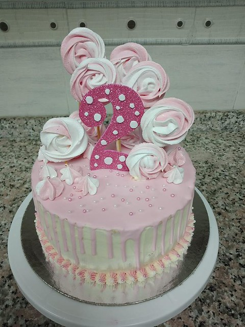 Rose and Vannilla Flavour Layer Cake decorated with Swiss Maringue Kisses by Fathima Aaisha