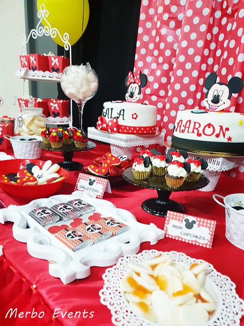 decoracion fiesta mickey y minnie Merbo Events