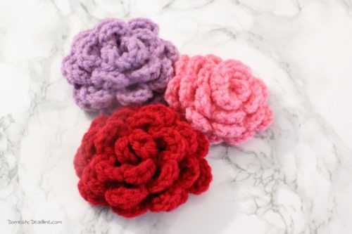 Crocheted-Roses-3-500x333