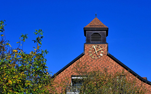 13:56 à l'horloge  de l'église