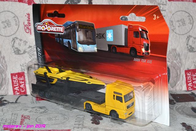 N°613 MAN TGA Boat Transport 33065670848_f21d51b083_z