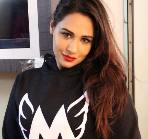 Mandy Takhar (Punjabi Actress) Height, Weight, Age, Biography, Wiki