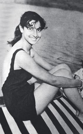 Bikini Evolution - Bollywood actress in Bikini or Swimwear (3)