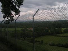 20080515 23051 0905 Jakobus Montverdun Zaun Weite Hügel Wolken - Photo of Mornand-en-Forez