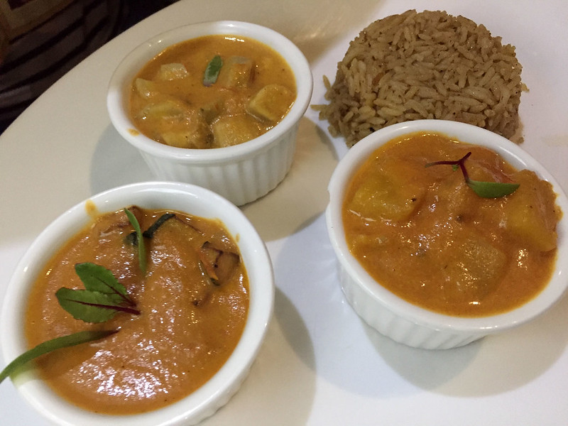 Vegetable curry trio