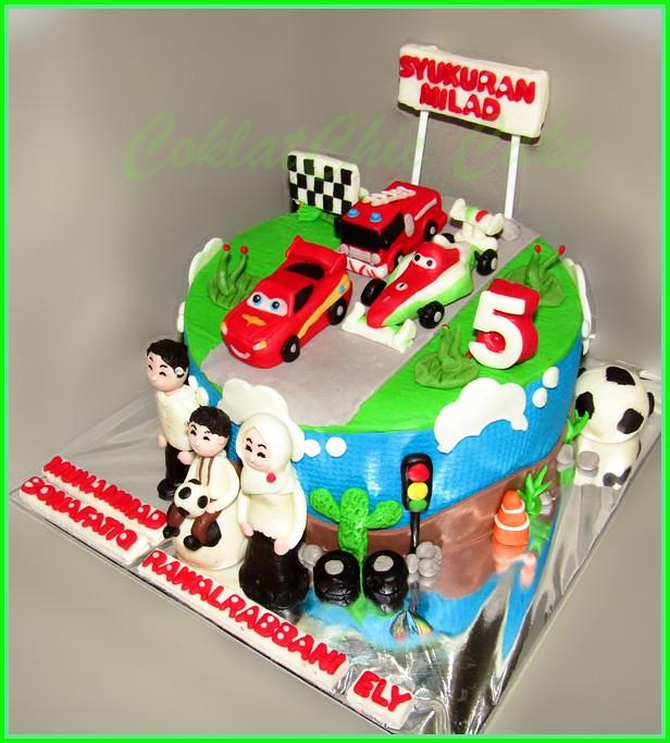Cake Family Disney Cars BONAFATIQ 20 cm