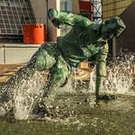 Sir Tom Finney Splash Statue