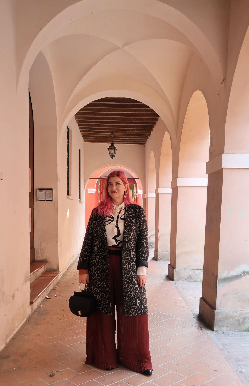 outfit plus size, curvy, panta palazzo e cappotto leopardato (7)