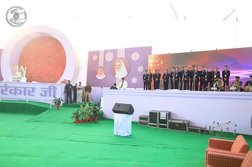 Hindi group song by Sant Nirankari Public School, Tilak Nagar, DL