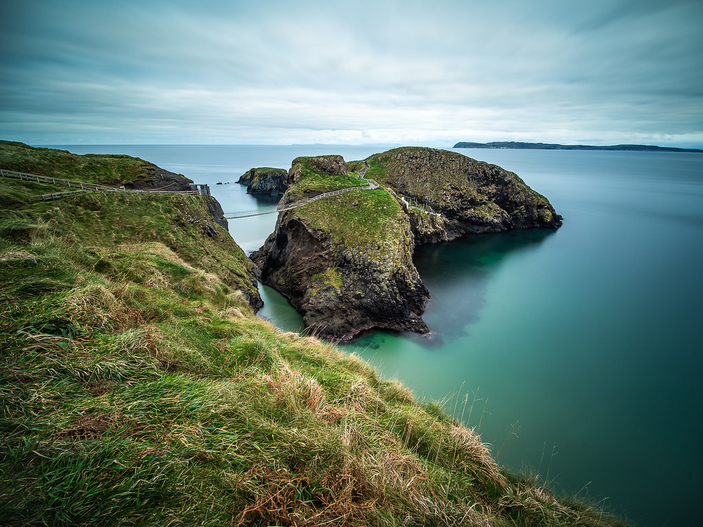 The rope bridge, Northern Ireland picture