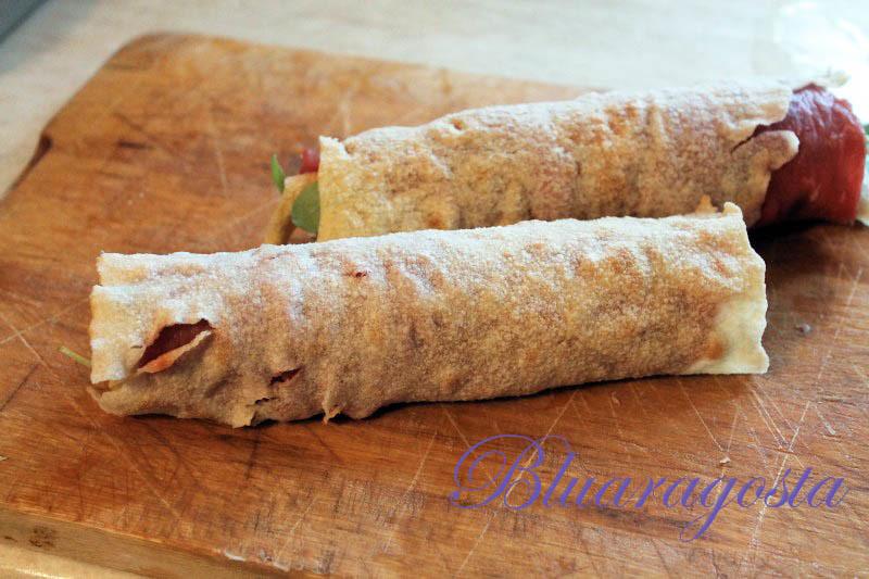 03-rotolini di pane carasau e carpaccio