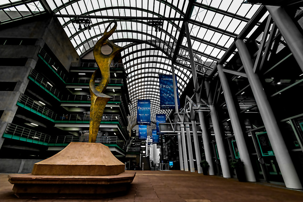 Denver Center for the Performing Arts - Treble Sculpture