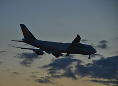 Lufthansa 747 on final approach